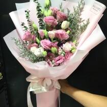 lesianthus pink half bundle